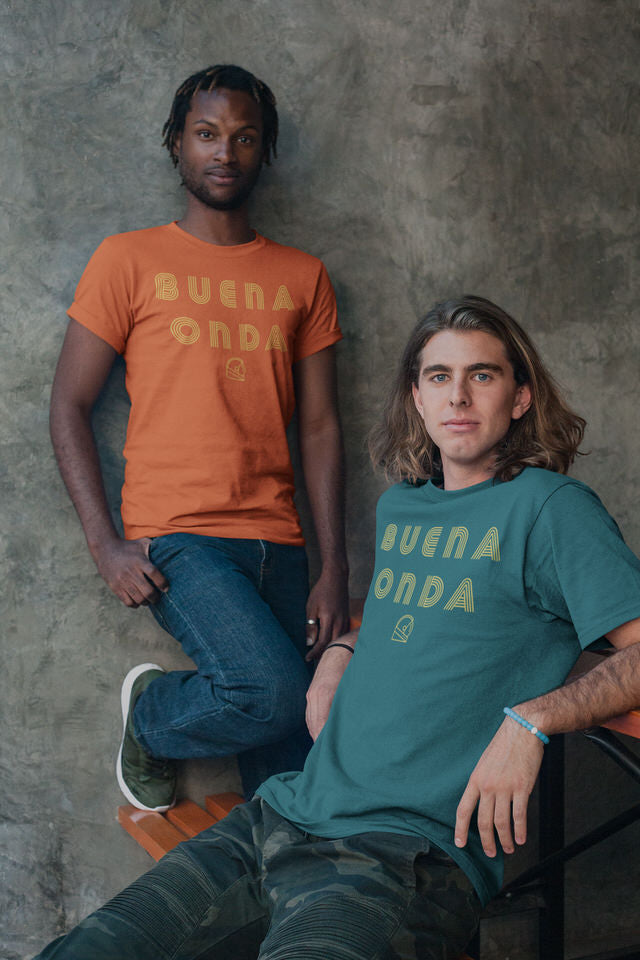 "Buena Onda ""Good Vibes"" Unisex Graphic T-Shirt"