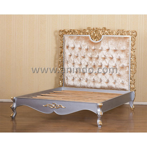 Hola Carved Bed