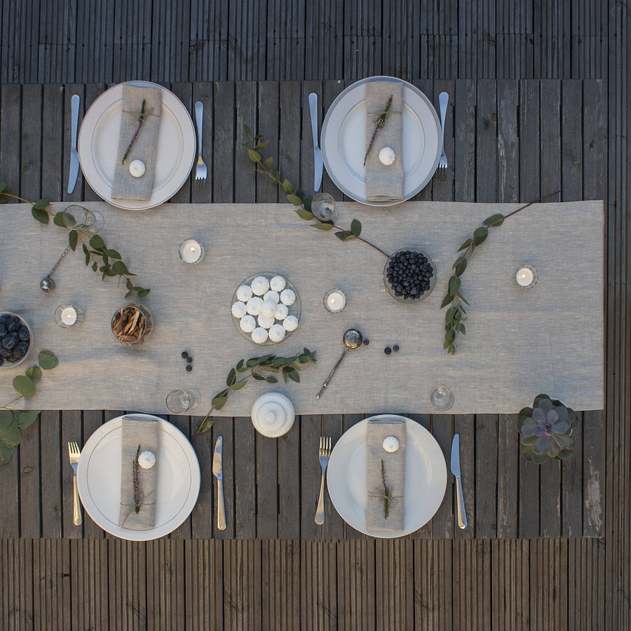 Natural Ligth Linen Table Runner
