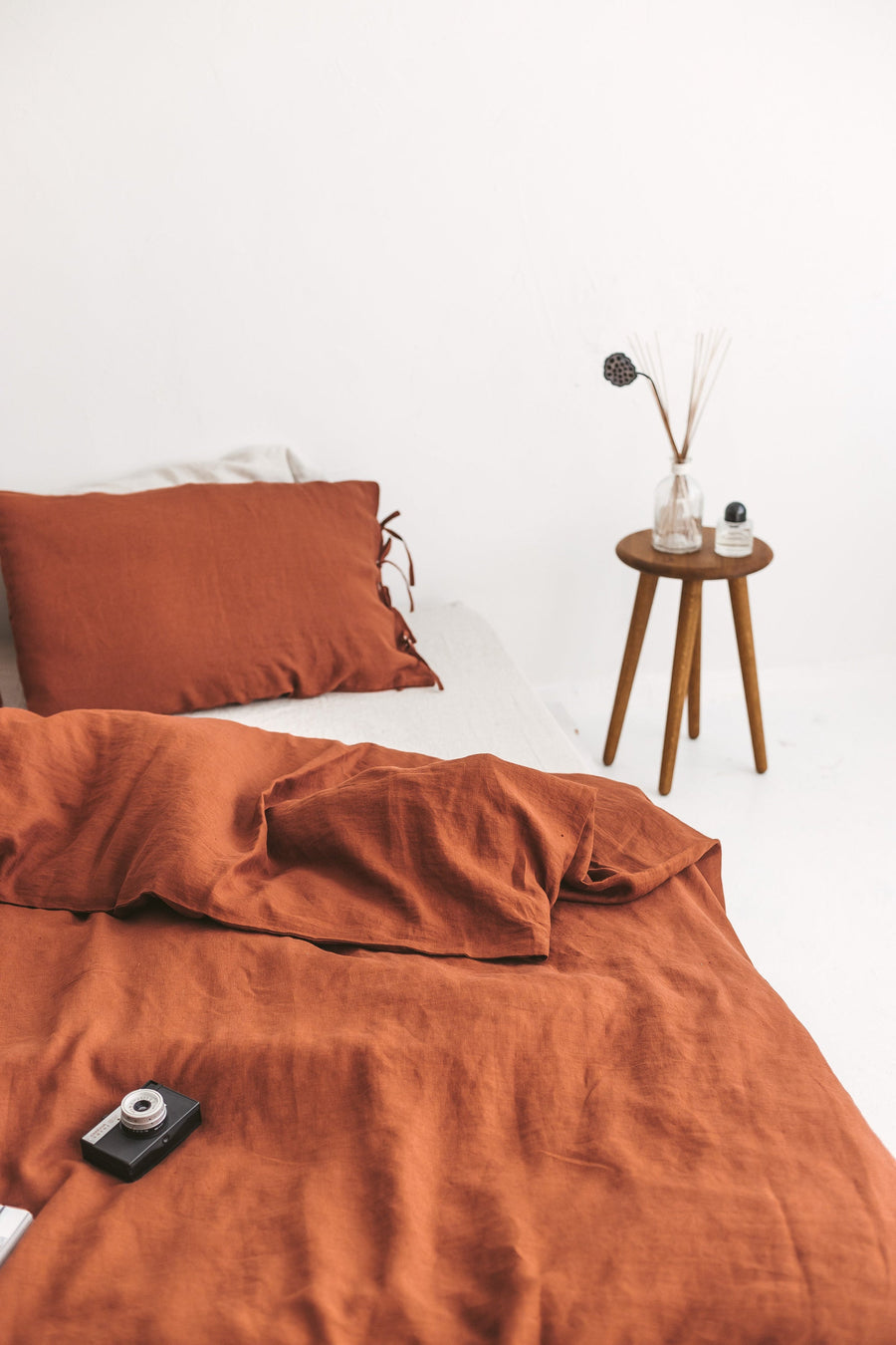 Set Of Rusty Linen Duvet Cover And 2 Pillowcases