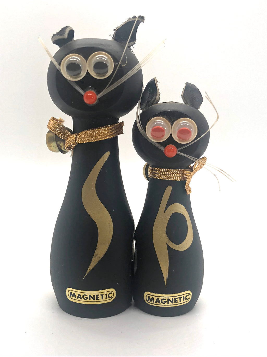 MAGNETIC Black Cat Vintage Salt & Pepper Shakers