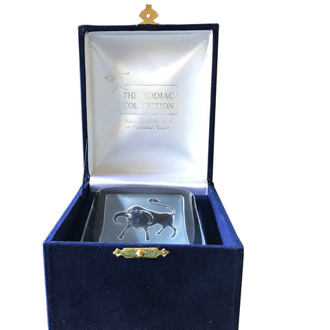 Swedish Crystal Zodiac Paperweight Deluxe - Taurus