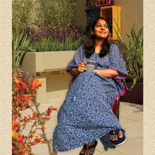 Load image into Gallery viewer, Kaftan for Girls and Women - Indigo Block Joey Care