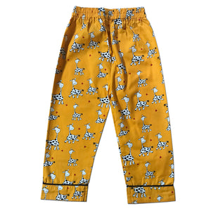 Pyjama set in Naughty Giraffe Joey Care
