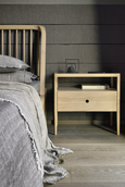 Spindle Queen bed in Oak by Ethnicraft