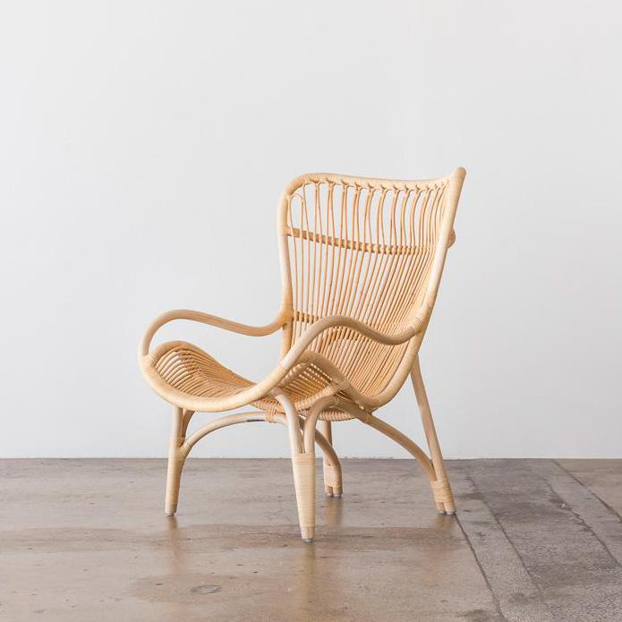 C110 Highback Chair designed by Yuzuru Yamakawa