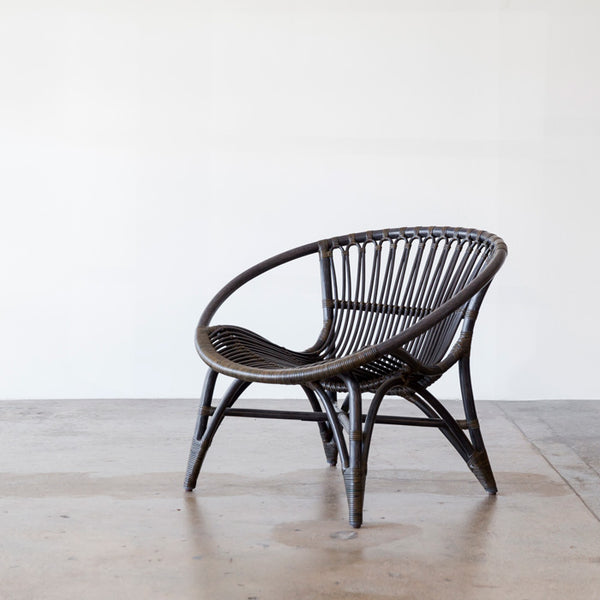 CL320 Easy Chair designed by Yuzuru Yamakawa