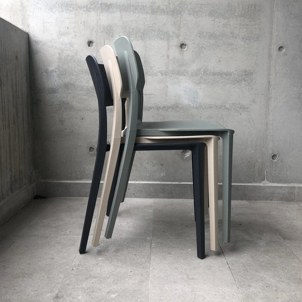 Alex Chair by Design Kiosk