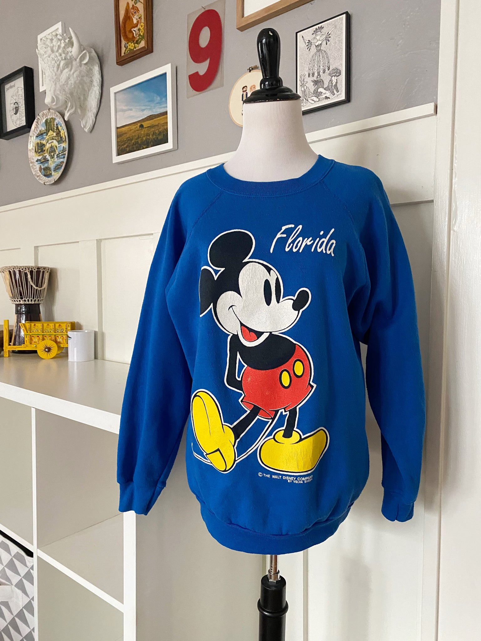 Souvenir Walt Disney World Mickey Mouse Florida Crew-neck Sweatshirt - Size M