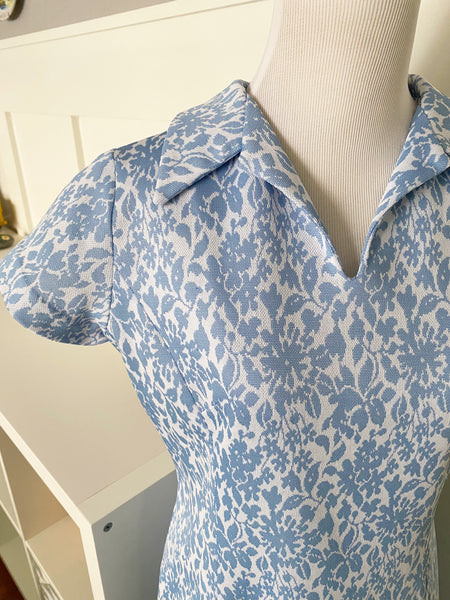 Blue Floral Print Dress w/ Collar - Size M