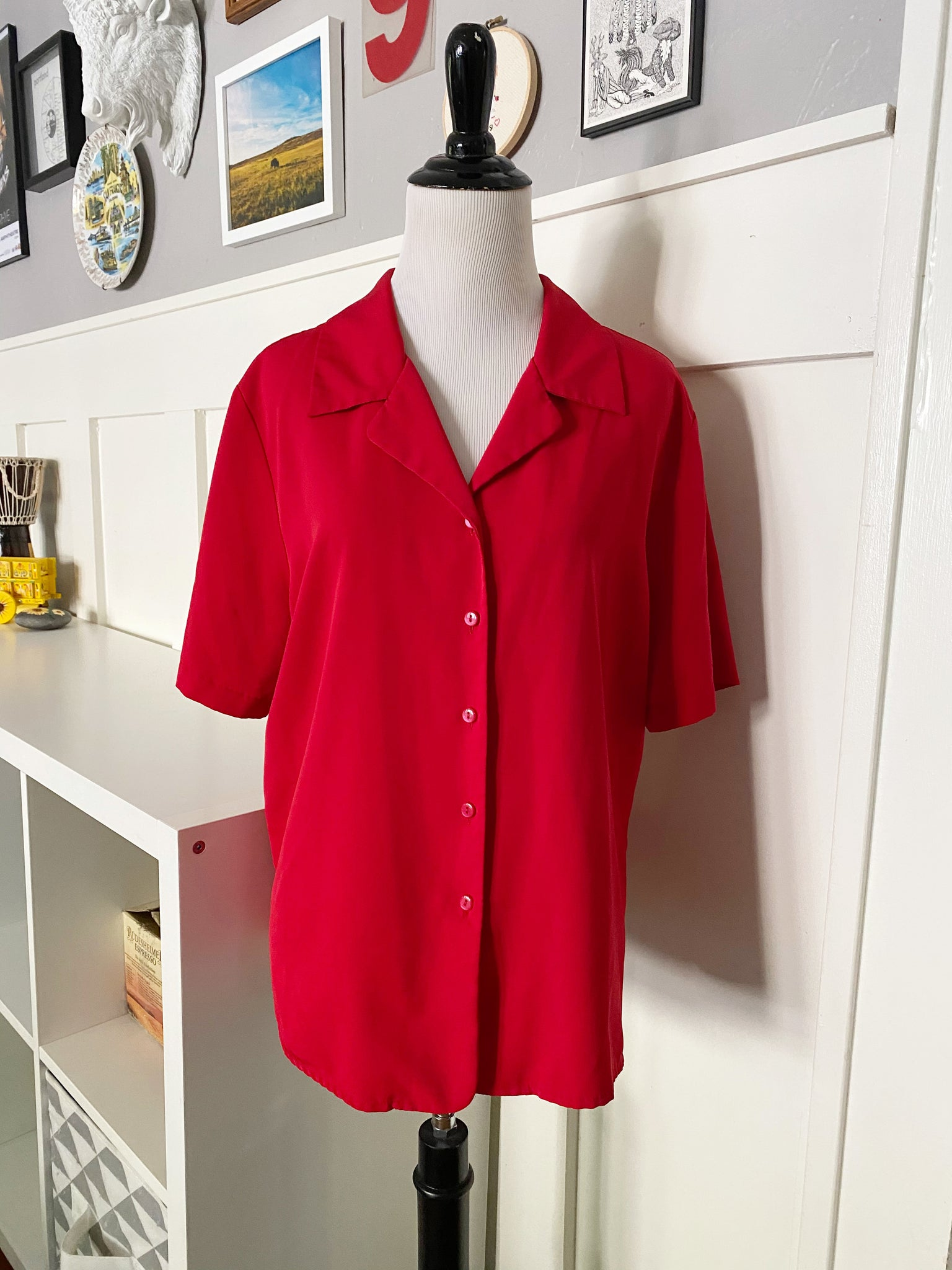 Red Short Sleeve Button Up - Size M/L