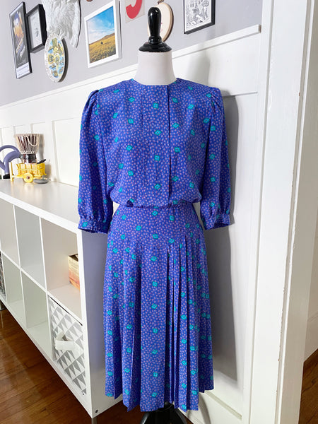 Perwinkle Printed Dress w/ Banded Waist & Button Back - Size S