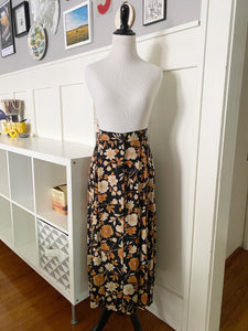 Black Button Front Midi Skirt w/ Cream & Gold Floral - Size S