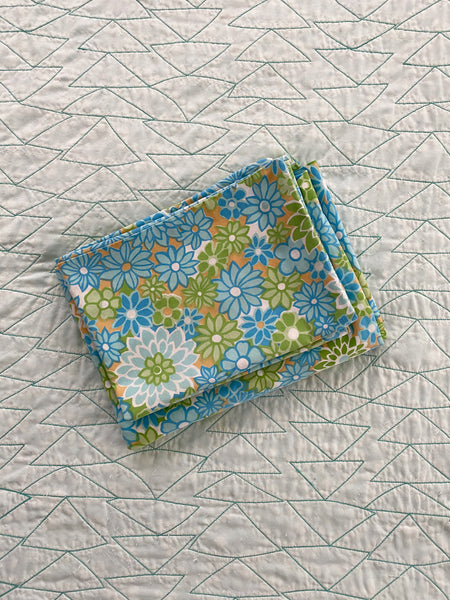 Style House for Montgomery Ward Retro Blue and Green Floral Twin Size Flat Sheet w/ 2 Pillowcases Set