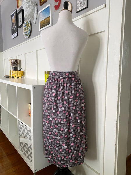 Gray Skirt w/ Pink & White Tulip Print - Size M