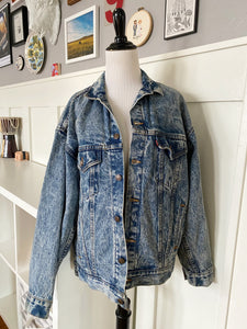 Light Wash Denim Jacket - Size M/L