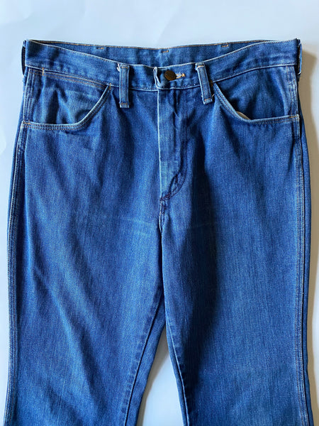 Wrangler Medium Wash - Size 32