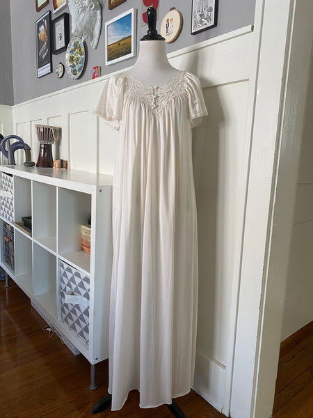 Cream Lace Nightgown - Size M