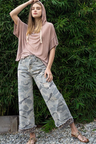 CAMO-LEO Distressed Pants