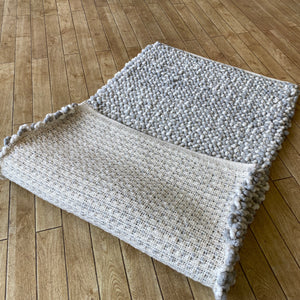 Vrachos Hand Woven Wool Rug - Natural / Grey