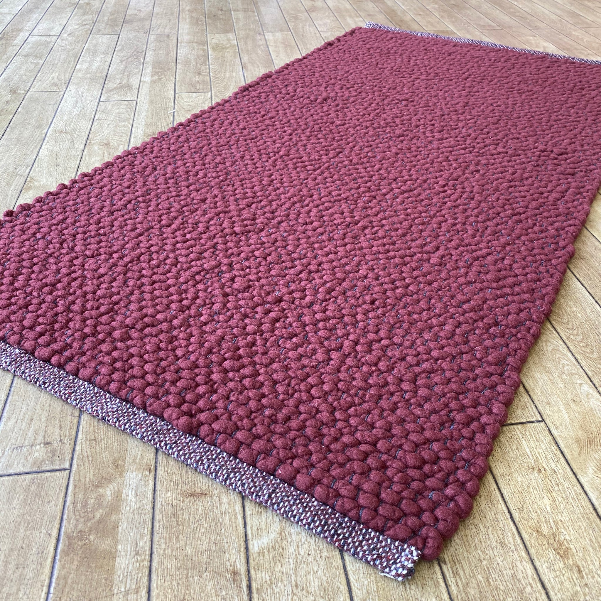 Voras Hand Woven Wool Rug Thick Loom Burgundy Rughouse