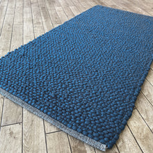 Load image into Gallery viewer, Voras Hand Woven Wool Rug - Blue