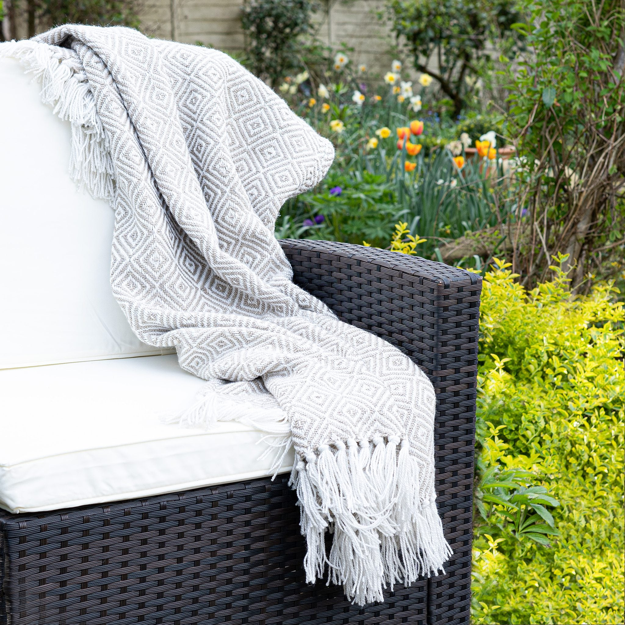 An image of Modern Diamond Eco-Friendly Woven Indoor / Outdoor Rug 130x180cm Throw / Natural