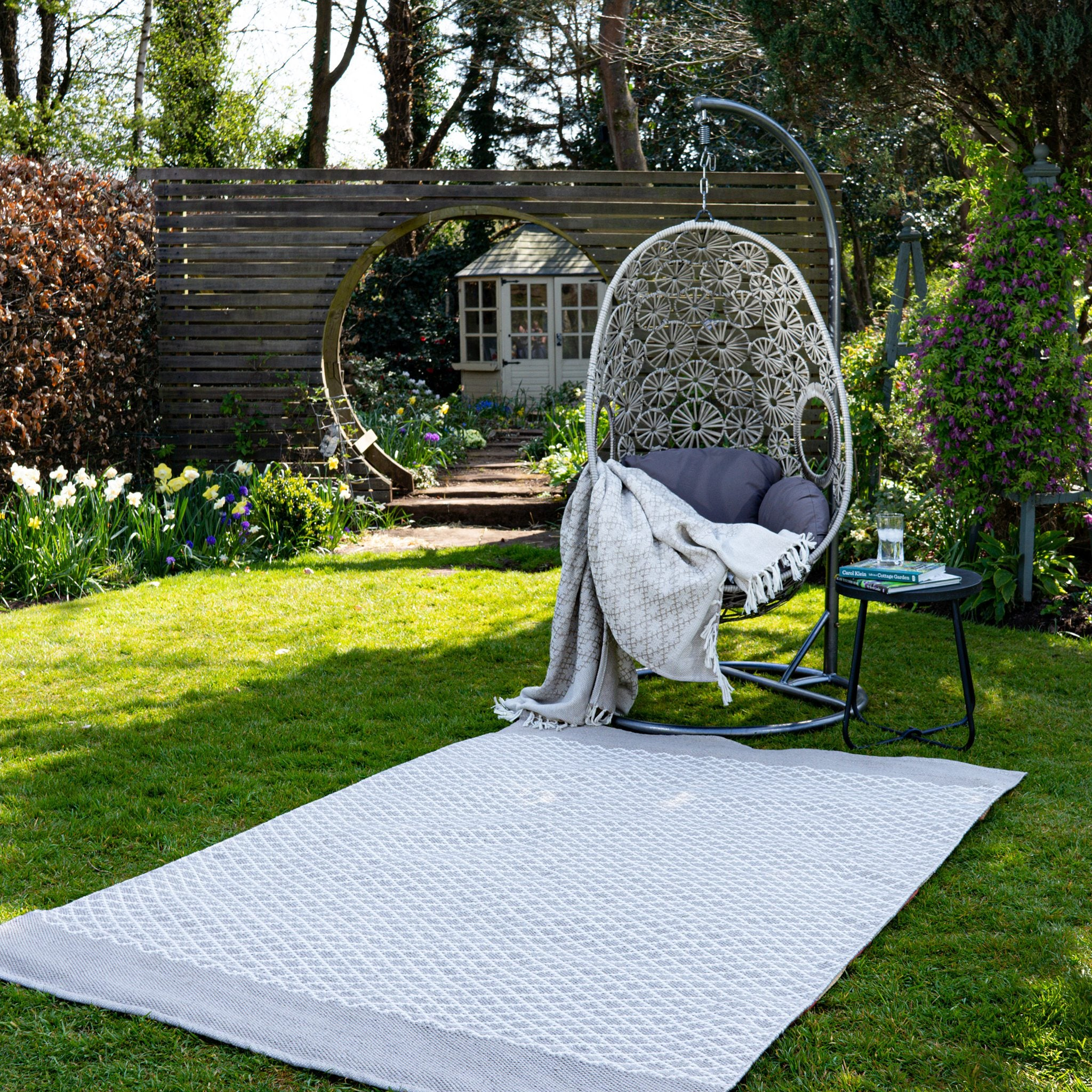 An image of Modern Trellis Eco-Friendly Woven Indoor / Outdoor Rug 80x150cm Rug / Natural