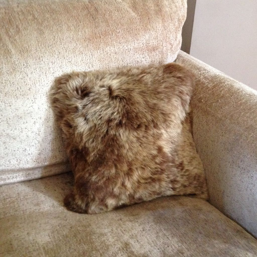 Luxury Short Haired Sheepskin Cushion - Rusty Brown