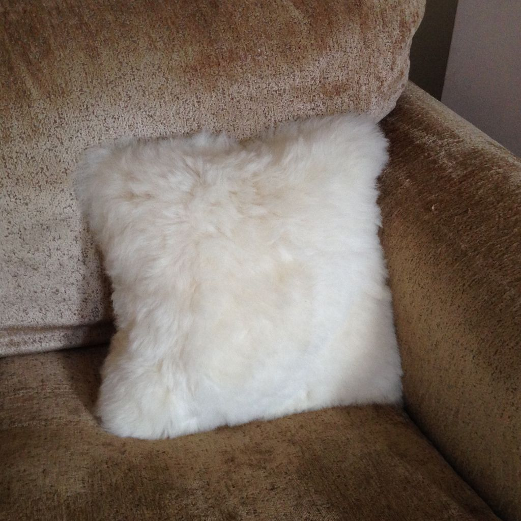 Luxury Short Haired Sheepskin Cushion - Natural