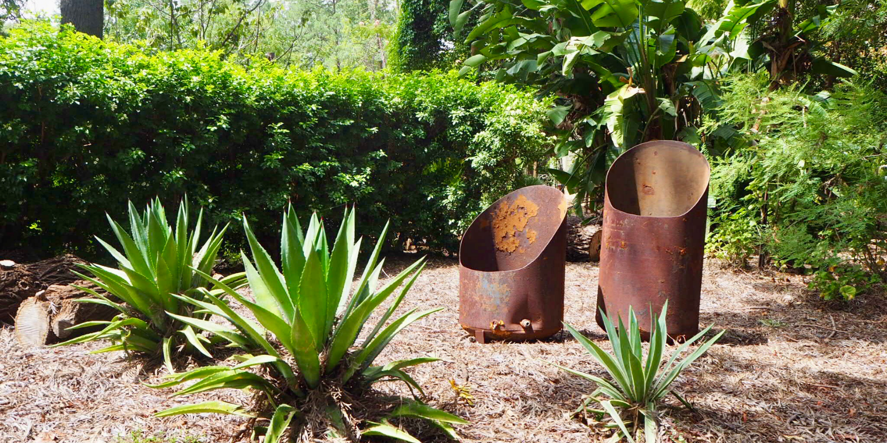 Feature Metal Garden Art