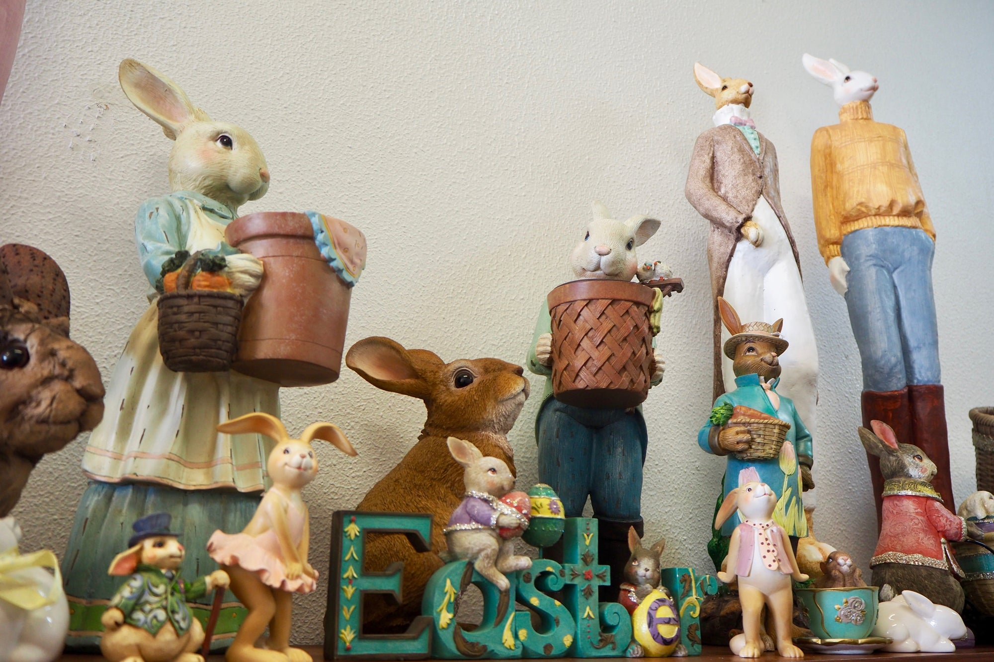 Easter Decorations - Easter Word, Signage
