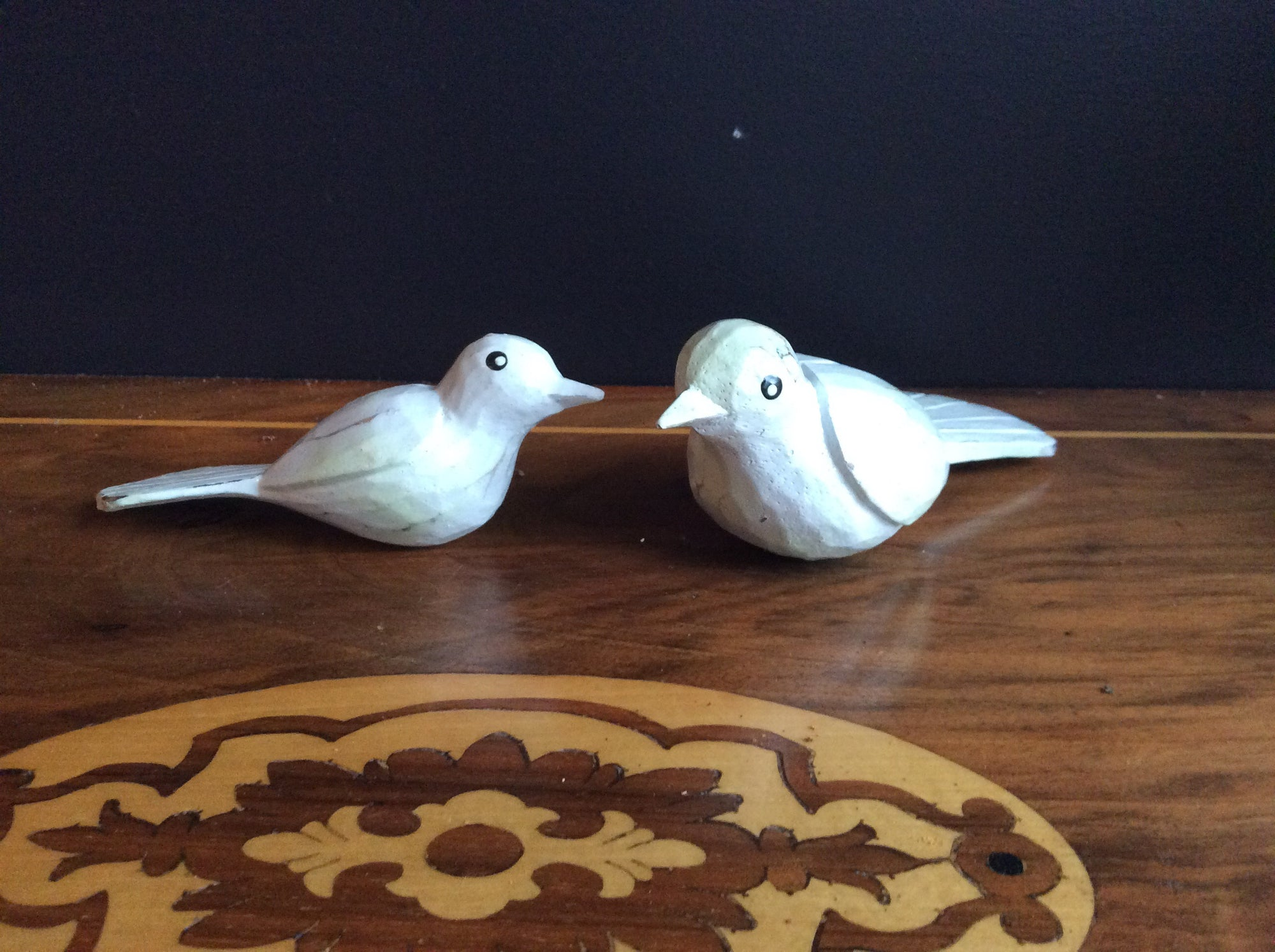 Set of 2 Mum and Child Hand Carved birds