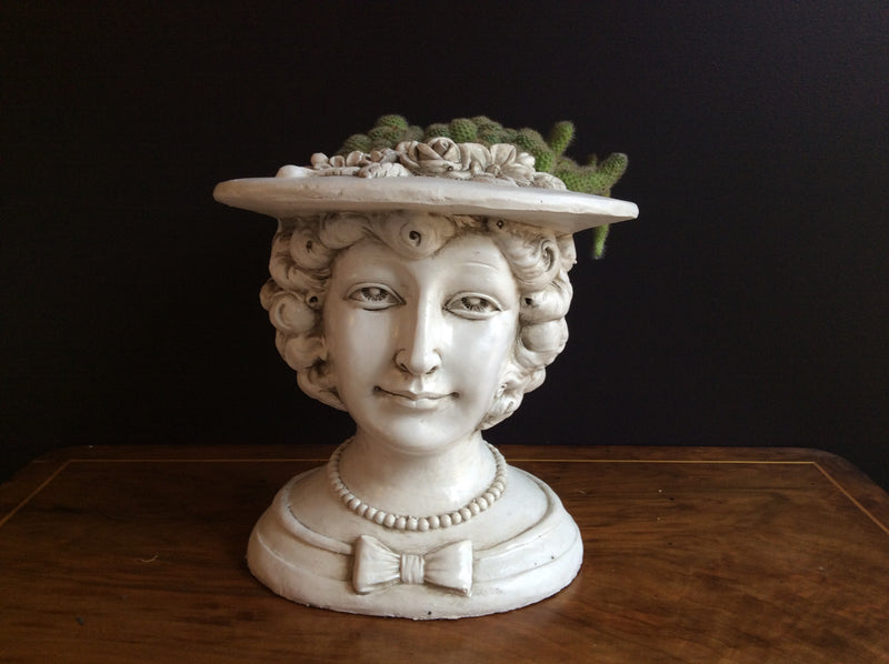 30cm Lady Hat Planter - Fibre Clay