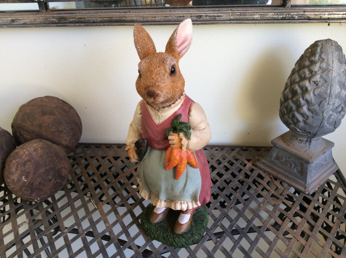 Willow Mother Rabbit -Resin