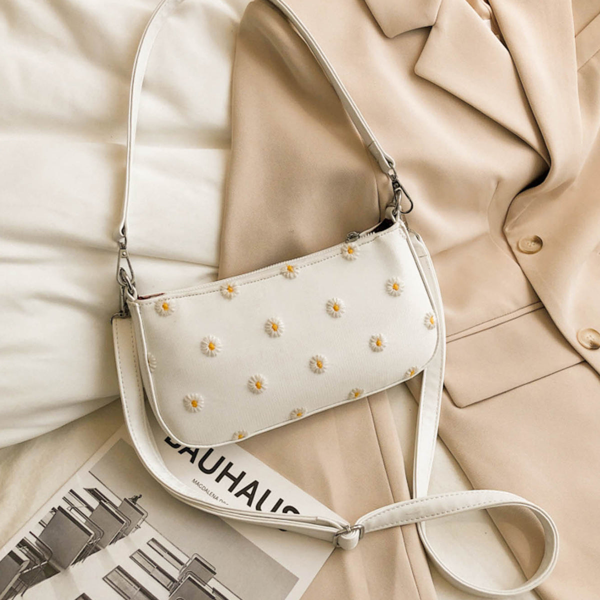 Faye Shoulder Bag - White