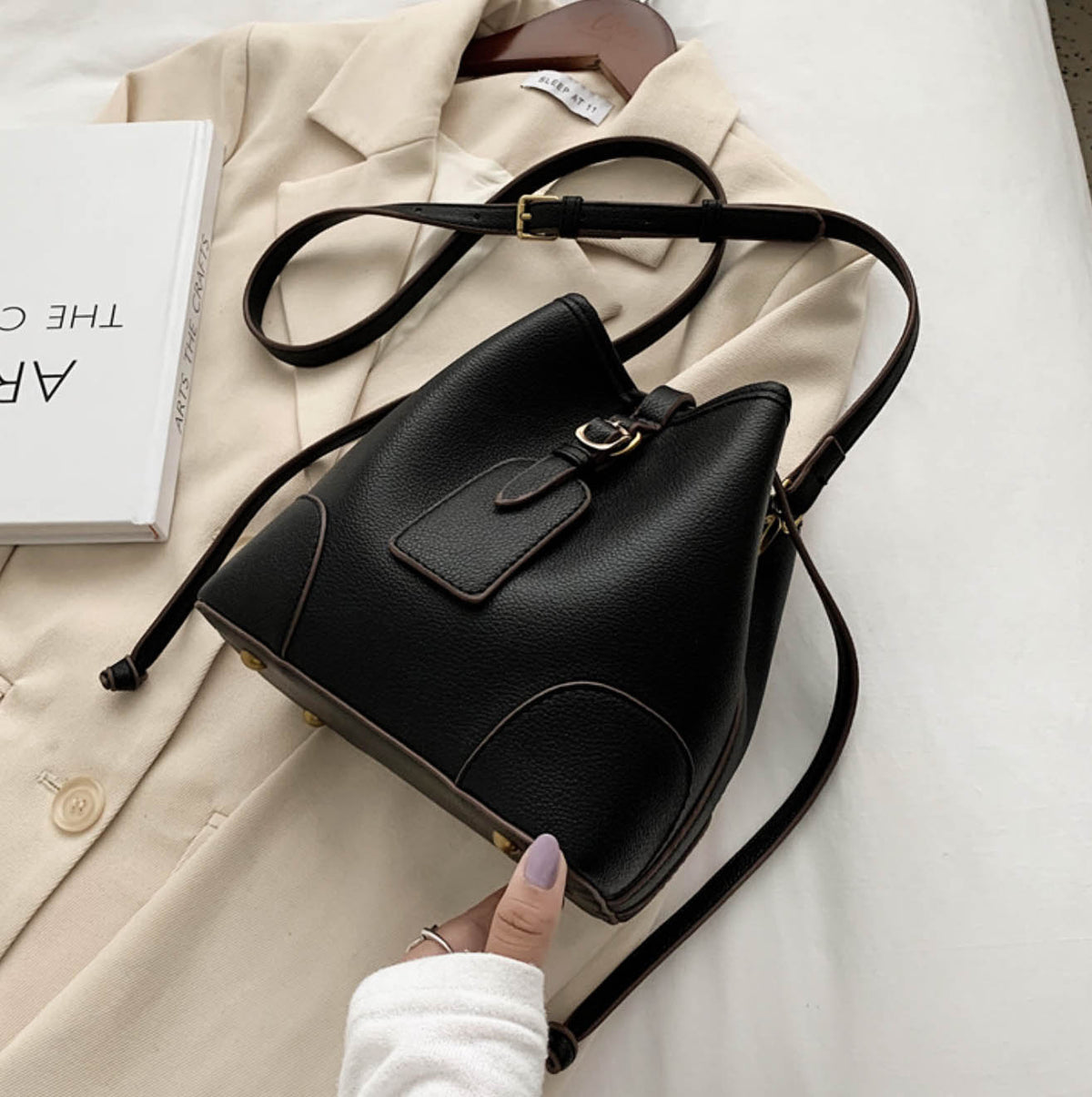 Nora Bucket Bag- Black
