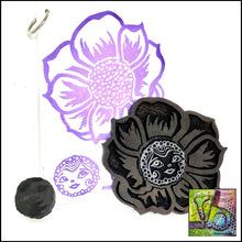 Load image into Gallery viewer, Foam Art Stamp Flower Buttercup