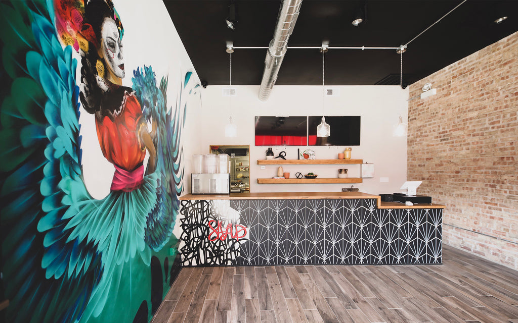 JEFFERSON PARK EATERY, SALUD KITCHEN, OPENS ITS DOORS WITH A BREATHTAKING MURAL BY ARTIST RAWOOH