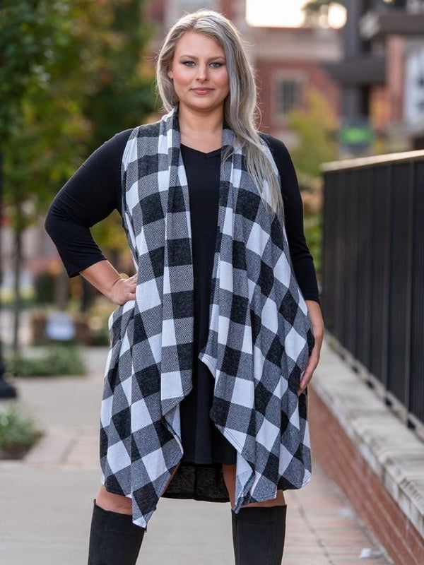Buffalo Plaid Knit Vest  (Black & White)