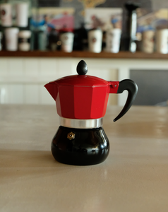 Moka Pot 3 Cup | Kırmızı-Siyah - Coffee Gutta - The Route Of Coffee