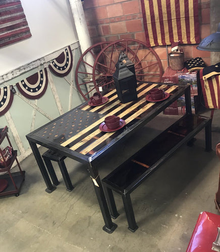 USA flag table
