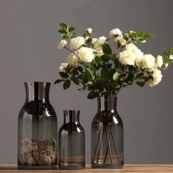 Vase Noir Transparent