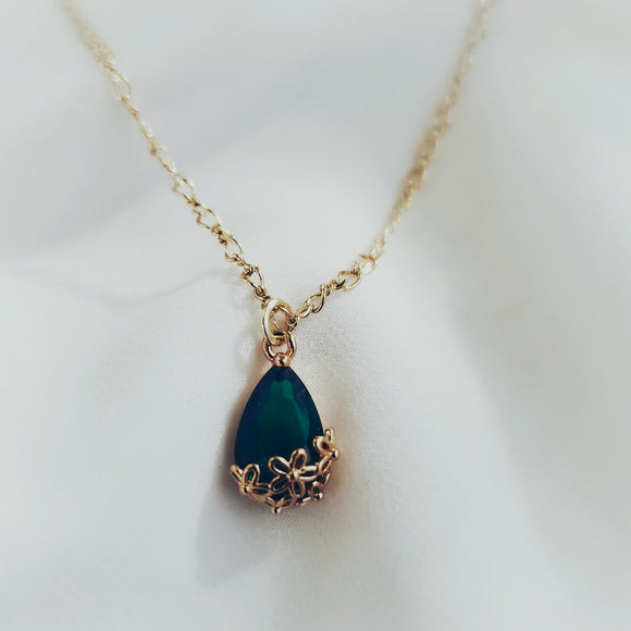 Dark Green Floral Crystal Necklace