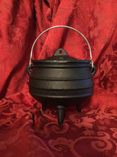 Load image into Gallery viewer, CAULDRON POTJIE POT