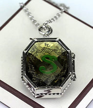 Load image into Gallery viewer, Salazar Slytherin Horcrux Locket
