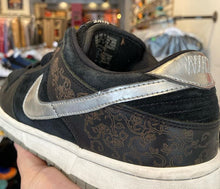 Load image into Gallery viewer, Nike SB Dunk Low 'Takashi 2'