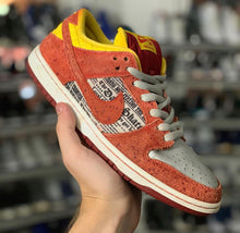 Load image into Gallery viewer, Nike Sb 'Crawfish' Dunk Low