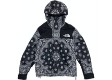 Load image into Gallery viewer, Supreme x The North Face Bandana Mountain Parka Black
