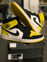Load image into Gallery viewer, Jordan 1 'Yellow Toe'